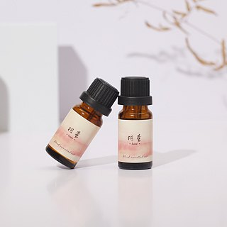 4th floor apartment - natural herbal essential oils - love Love - fresh floral notes
