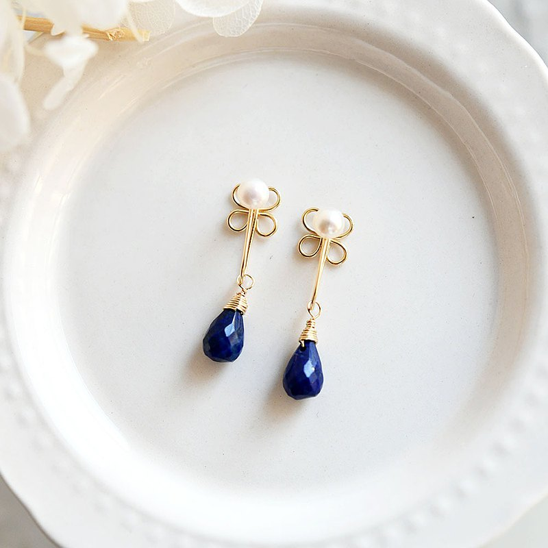RLL.S Limited Pearl Lapis Lazuli and Clover Really Painless Non-Hole Pierce December Birthstone