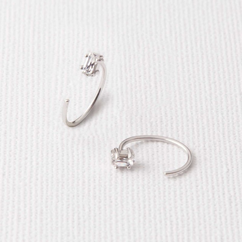 Small circle rectangular zirconium diamond earrings