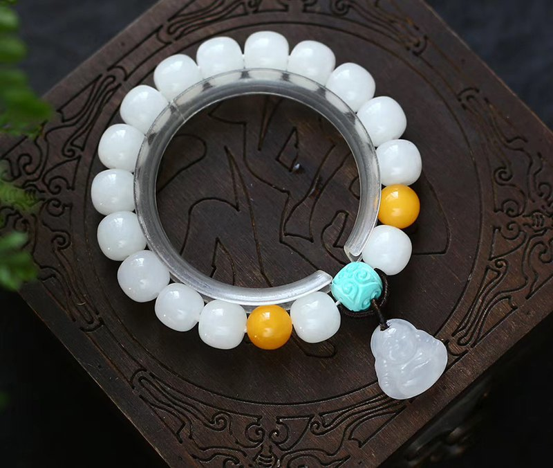[Welfare price] natural first-class Hetian jade bead bracelet / embellished Hetian jade Buddha pendant