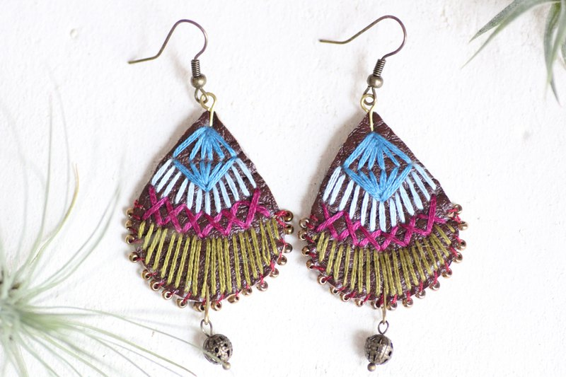 Samba earrings - Hand embroidered on earthy brown fake leather teardrop base