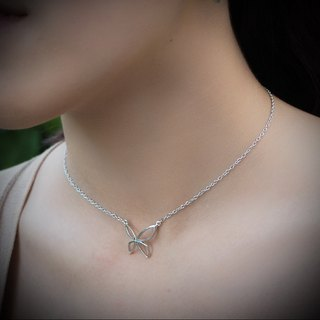Plain silver butterfly necklace