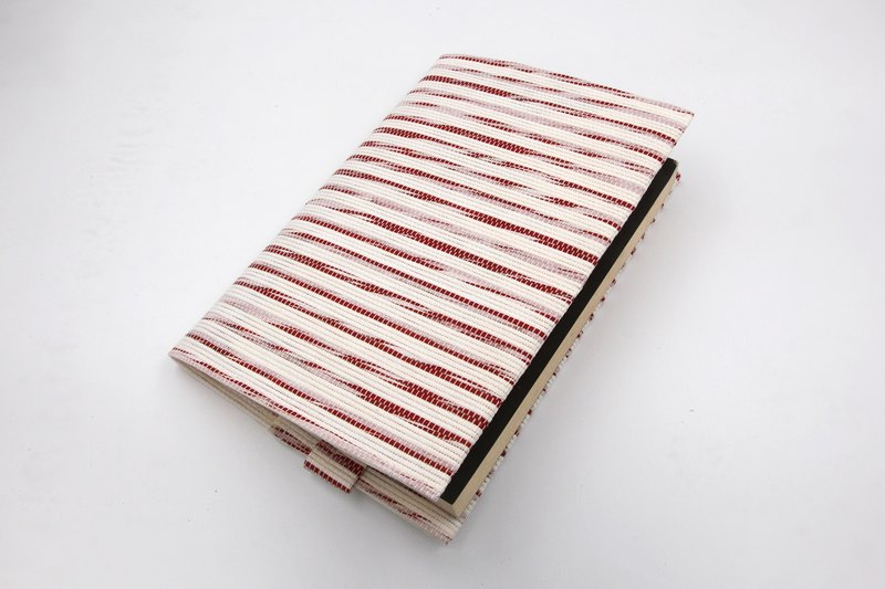 [Paper cloth home] Book cover, book jacket, hand account cover, notebook cover (A5/G16K) red and white