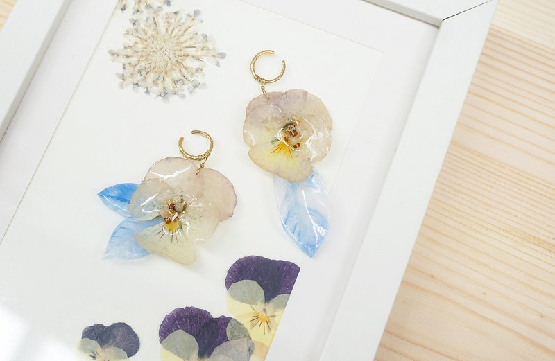 Pansy + Crystal Blades > Asymmetric Drop Earrings