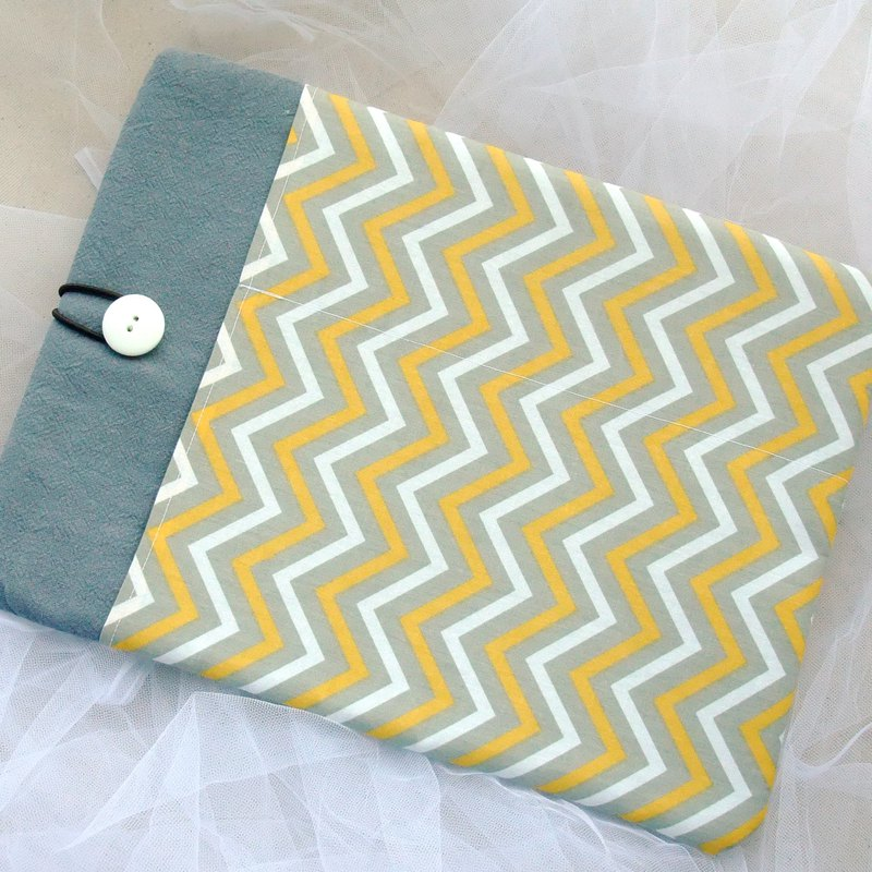 "11"" to 15"" MacBook sleeve, Custom laptop and tablet(M-255)"