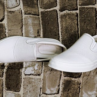 PI-ZERO hole small white shoes slip-on