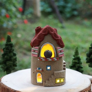 Lighthouse House - Ceramic Lighted House with a small owl (without wood accessories with hand tree) (order only)