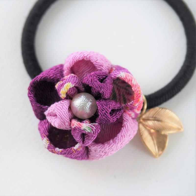 Charming Shades of Purple Flower Gold leave Hair tie custom
