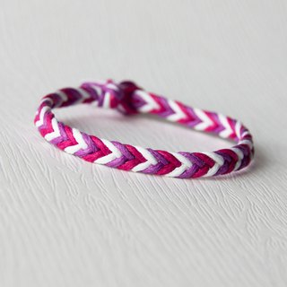 From shallow to deep - fine gradient gradation purple / hand-woven bracelet