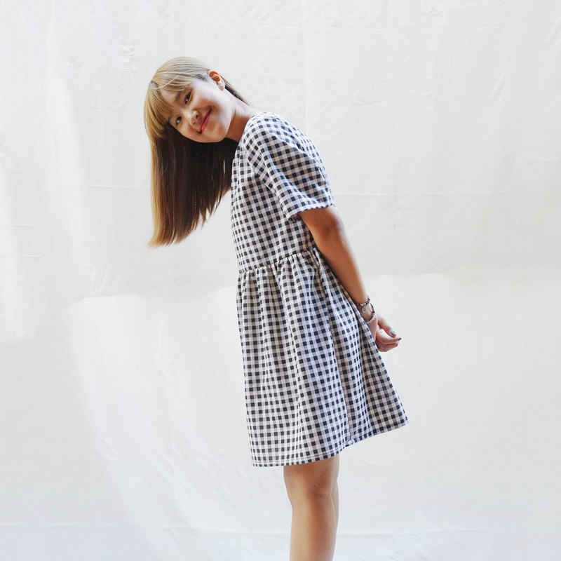 Gingham smock dress, Loose babydoll dress, Sun dress