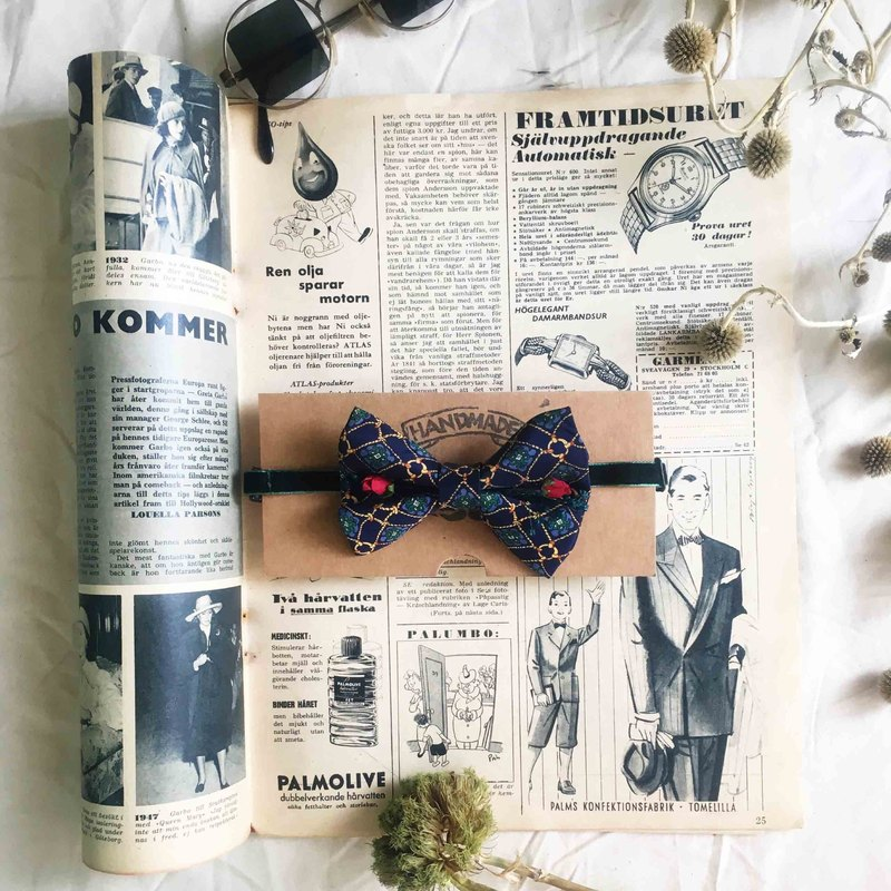 Papa's Bow Tie-Antique Cloth Belt Rebirth Hand Bowling - Clouds Slow Blue - Red Rose Edition