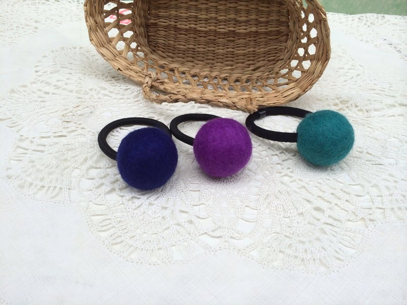 [Music and more sheep wool felt paradise] navy royal purple green lake candy ball tresses