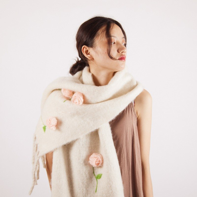 轲人原创手工 solid color scarf female autumn and winter long tassel scarf warm pure wool shawl European and American art