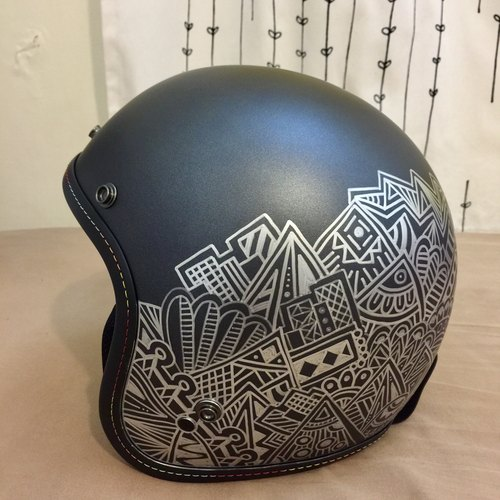 Zen line painted around the helmet (limit Taiwan shipping)