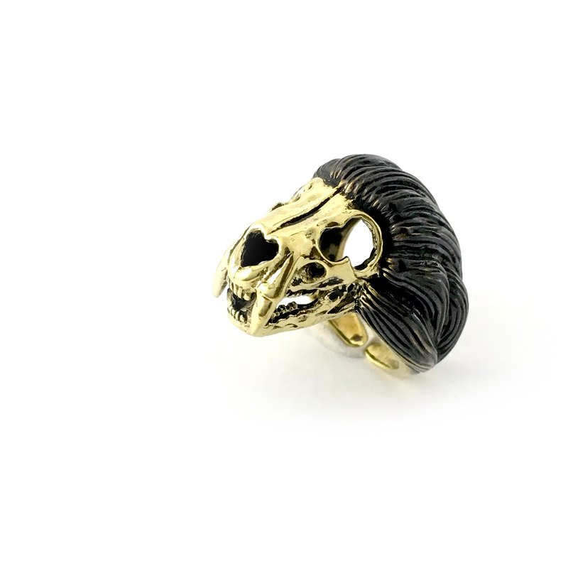 Zodiac Lion skull ring is for Leo in Brass and oxidized antique color ,Rocker jewelry ,Skull jewelry,Biker jewelry