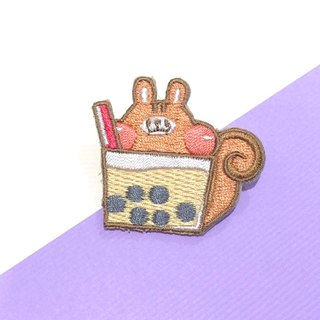 Dog clip star / original embroidery pin / pearl milk tea squirrel