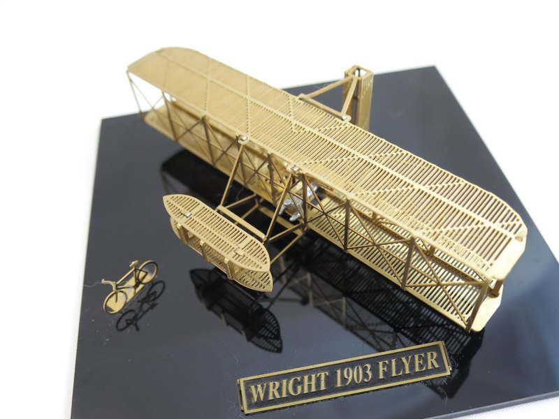 SUSS-Japan Aerobase metal etching model assembly manned aircraft-Wright 1903 Flyer Wright Brothers Flying No. 1 brass version (1/160)