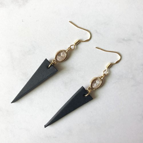 Black Party earring