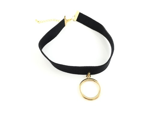 Metal circle necklace (circle)