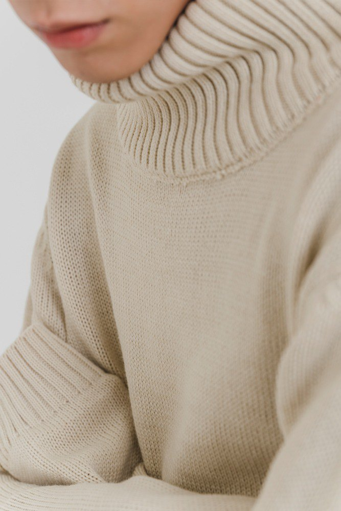 Hao Cream Turtle Neck Sweater Cream Turtleneck Sweater