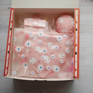 Pink rabbit rabbit moon gift box soothing towel stereo pacifier bag peace symbol bag