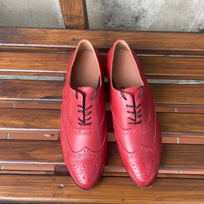 延伸經典牛津鞋苯染擦色真皮鞋 紅色