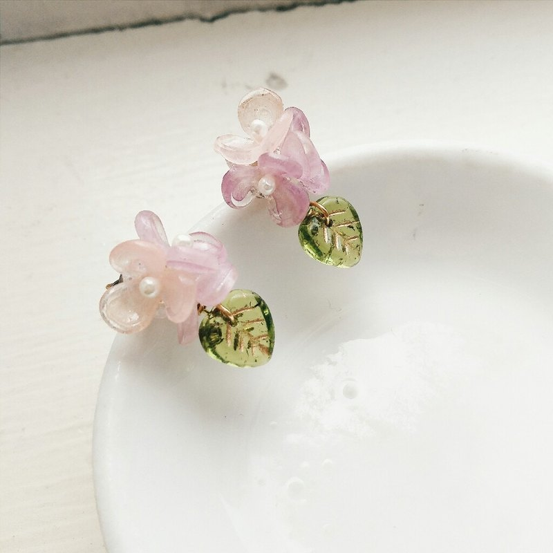 Sweet mini bouquet of momolico earrings (can be clipped)
