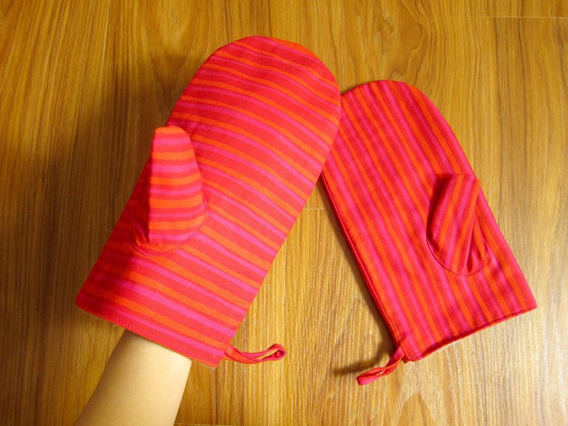 Nordic grocery ‧ Finland marimekko pink retro striped cloth insulated gloves