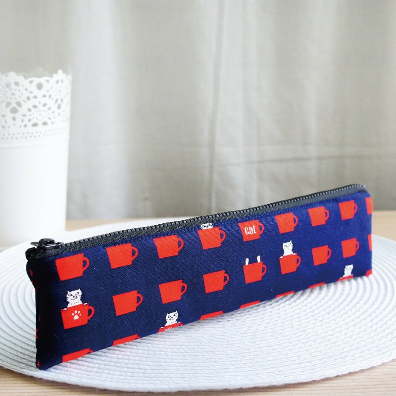 Lovely [Japanese cloth] cup cat cutlery bag, pencil case, dark blue, 23-24 cm chopsticks