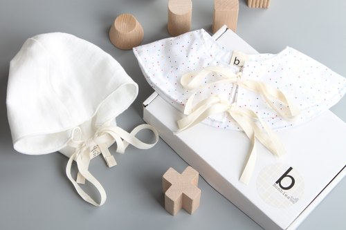 Bonbies special limited baby gift box (shape handmade small hat + small dots baby saliva shoulder. Baby collar bibs. Collar decoration) men and women baby beauty gift box full moon gift anniversary baby newborn gift gift preferred