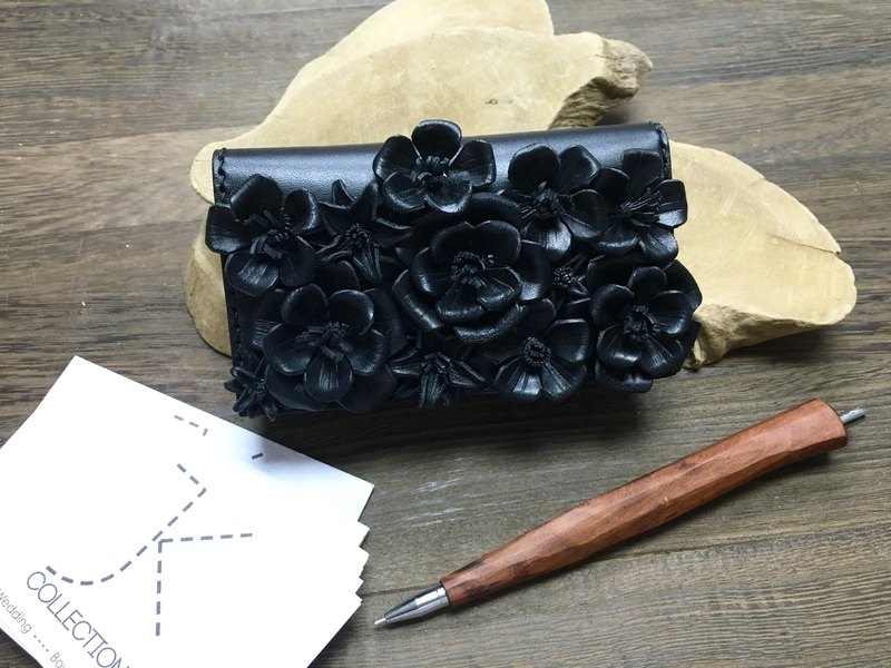 Gorgeous version of the black leather flower box Card