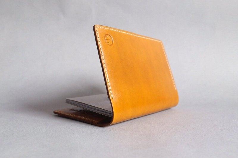 HUANGS 艸一田人-歐洲進口植鞣真皮手工護照夾・護照套