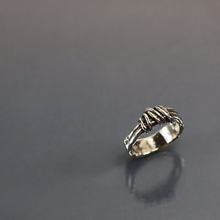 Circling line 925 silver ring
