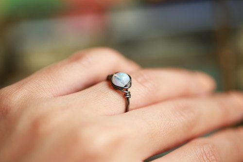 5.5mm ice kind 6A blue moon line ring (fog gray copper wire) neutral