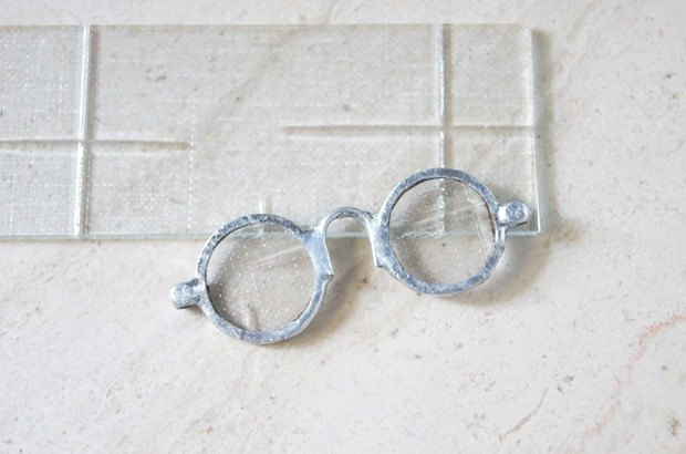 Old window grilles glasses-Necklaces