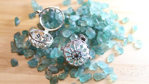 Apatite Box Apatite アパタイト Wishing Box Pendant Necklace Apatite Raw Water Blue