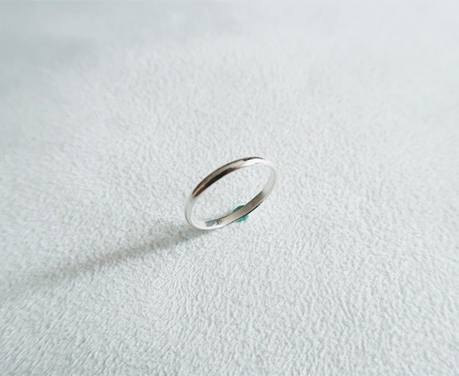 Simple and bright Ring Sterling Silver
