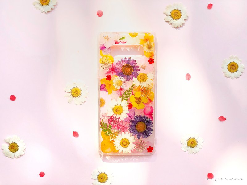 繡滿 乾花手機殼 Pressed flower Phone Cover