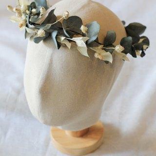 Bridal crown [Preserved flowers and dried flower green eucalyptus]