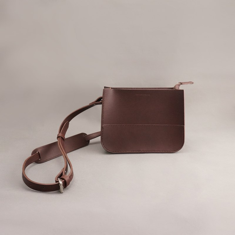 Etta Ite carry bag side bag crossbody bag / brown / leather bag handmade bag / leather