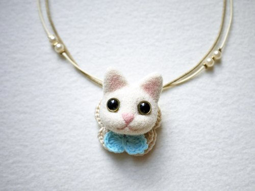 Petwoolfelt - Needle-felted white cat 2-ways accessories (necklace + brooch)