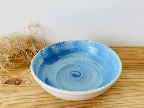 Color pottery bowl - red