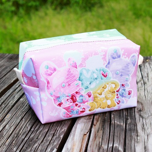 Rabbit candy (full version) - Cosmetic bag / sundries bag / toast bag
