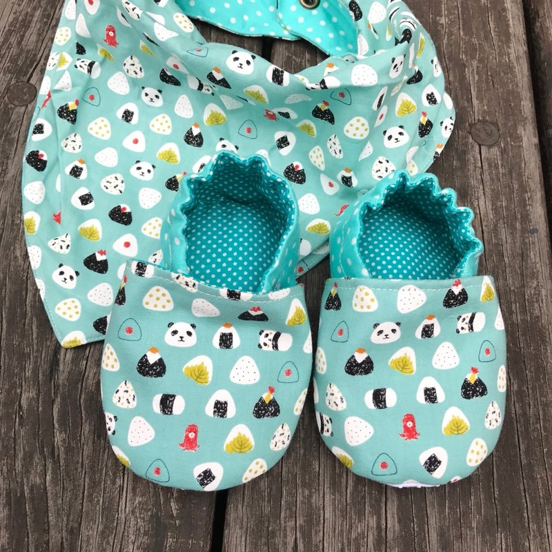 Cute panda with rice balls gift box - triangle bib + toddler shoes