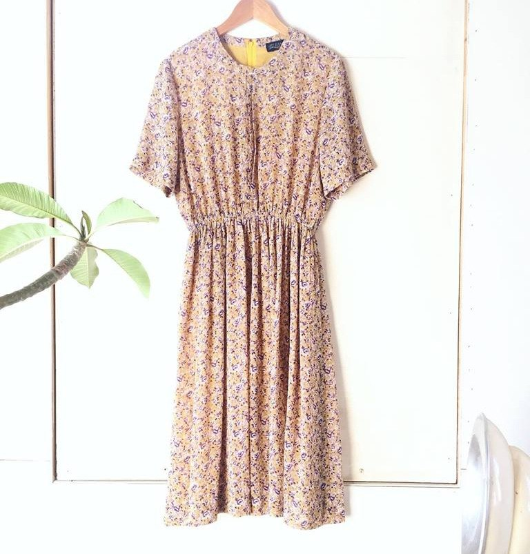 Ancient cave business │ VINTAGE DRESS │ yellow garden │ ancient dress