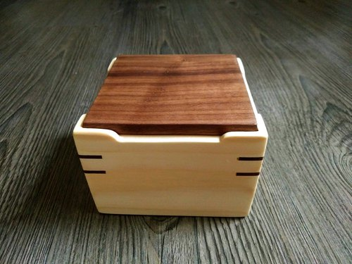 """简""-- Handmade log small storage box"