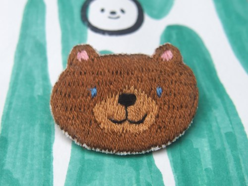◭ small animal head embroidery brooch ◮ coffee bear Bear