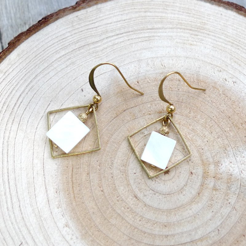 Misssheep-BN31-Simple Geometric Brass Shell Bead Earrings (Slide Ear Clips)