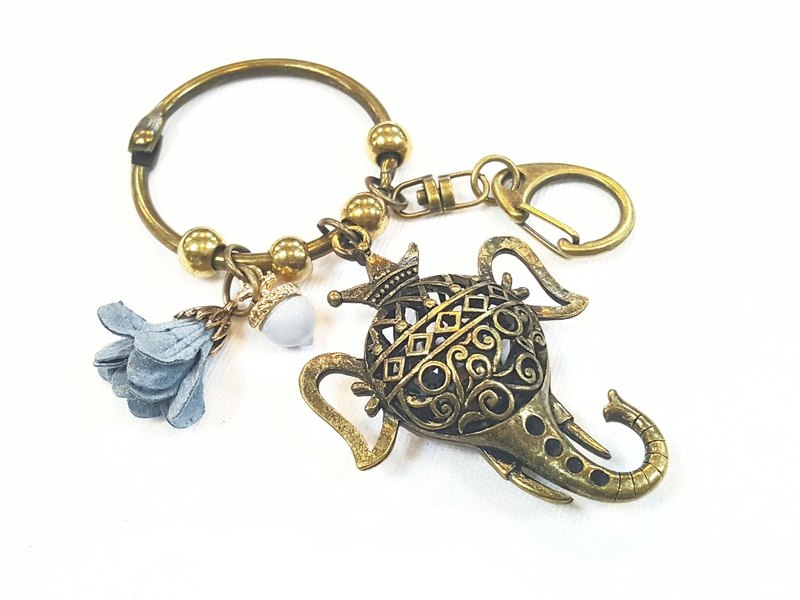 Paris * Le Bonheun. Dream Forest Series. Long nose elephant. Color acorn flowers. Hollow bag key chain