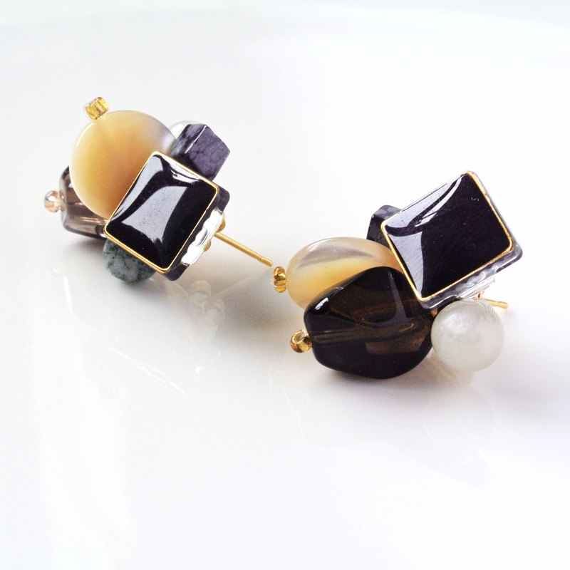 Retro system. Tea crystal turquoise earrings